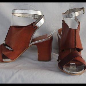 Shoes - Sundance sandals